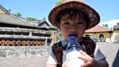 子供 水分補給 帽子 夏